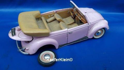 Modellauto, 1:18, VW Käfer Cabrio mit Achsbruch